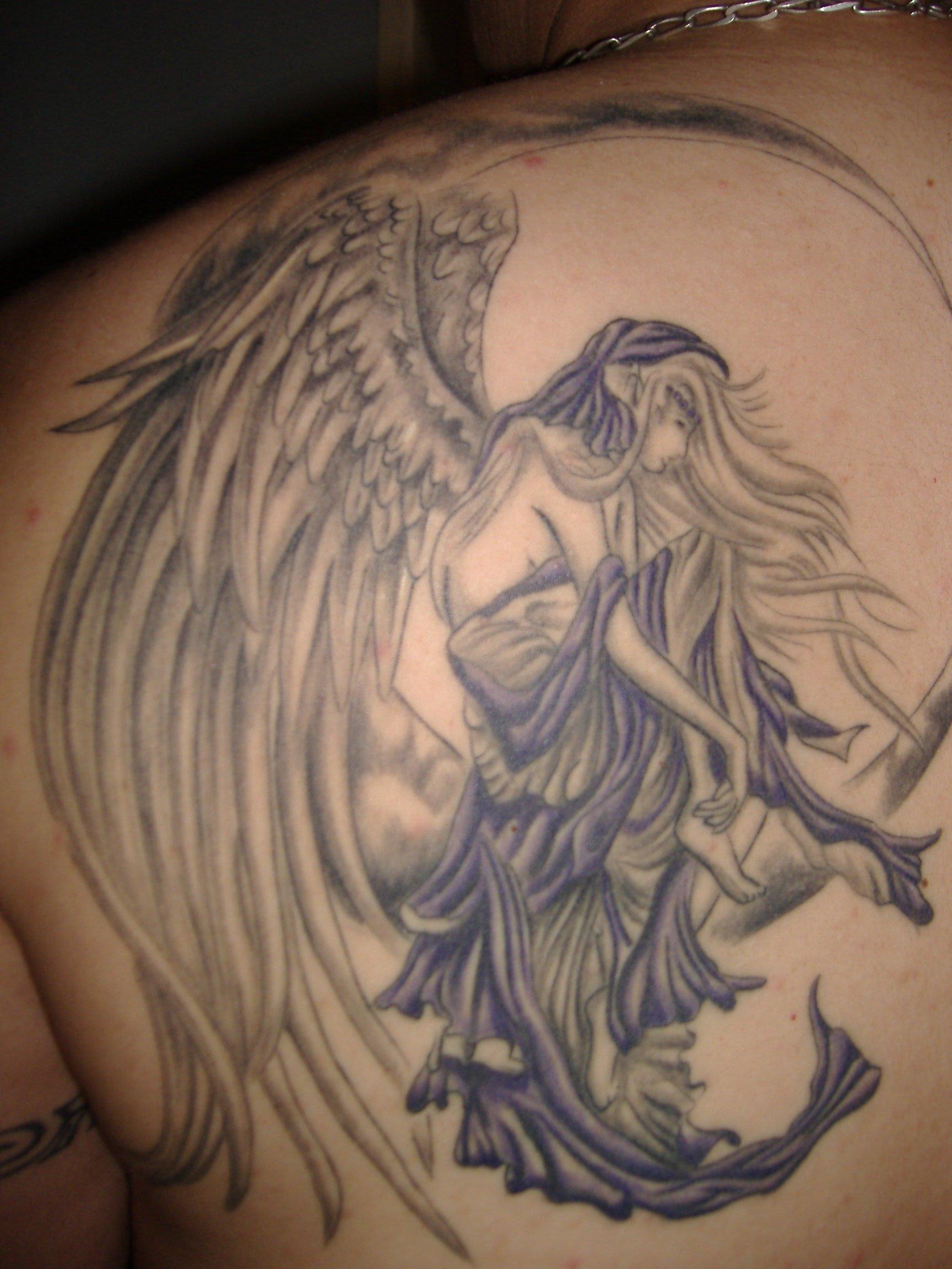 Modele Tatouage Ange En Couleur